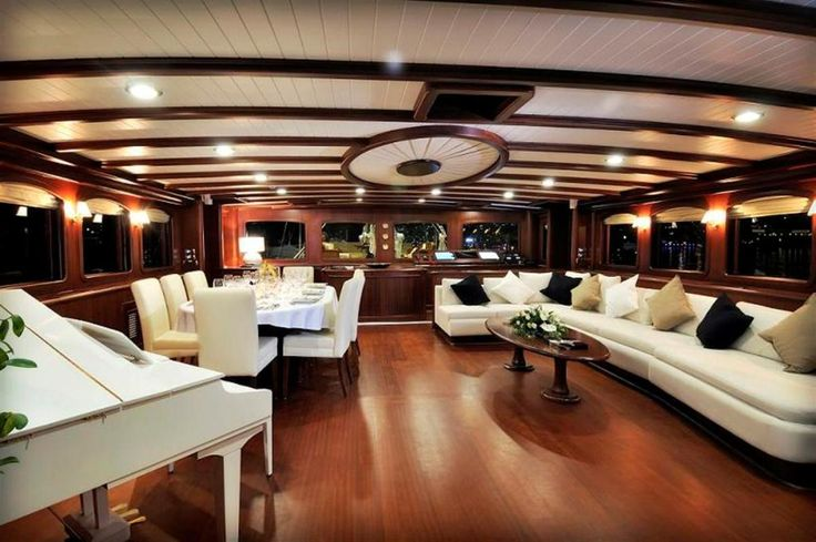 Interior of yacht 1200 798 interior design for Interior designs regina