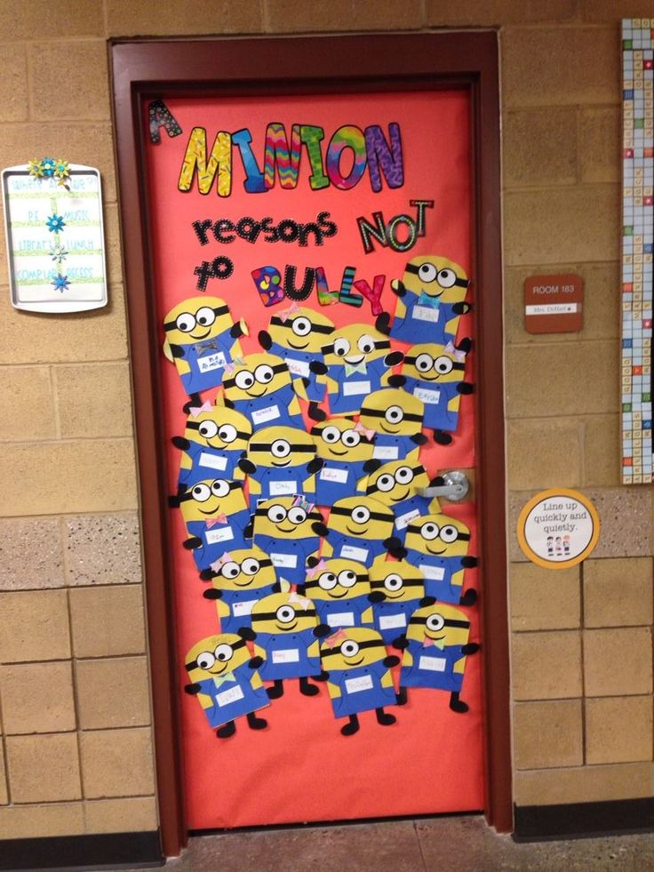Red Ribbon Week door decor!  Prevent bullying now and in the future at http://www.fuzeus.com