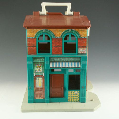 Sesame Street Apartment...had this somewhere...home...school...hmmm