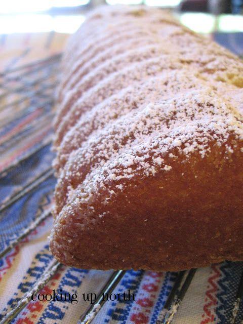 cookin' up north: Scandinavian Almond Cake