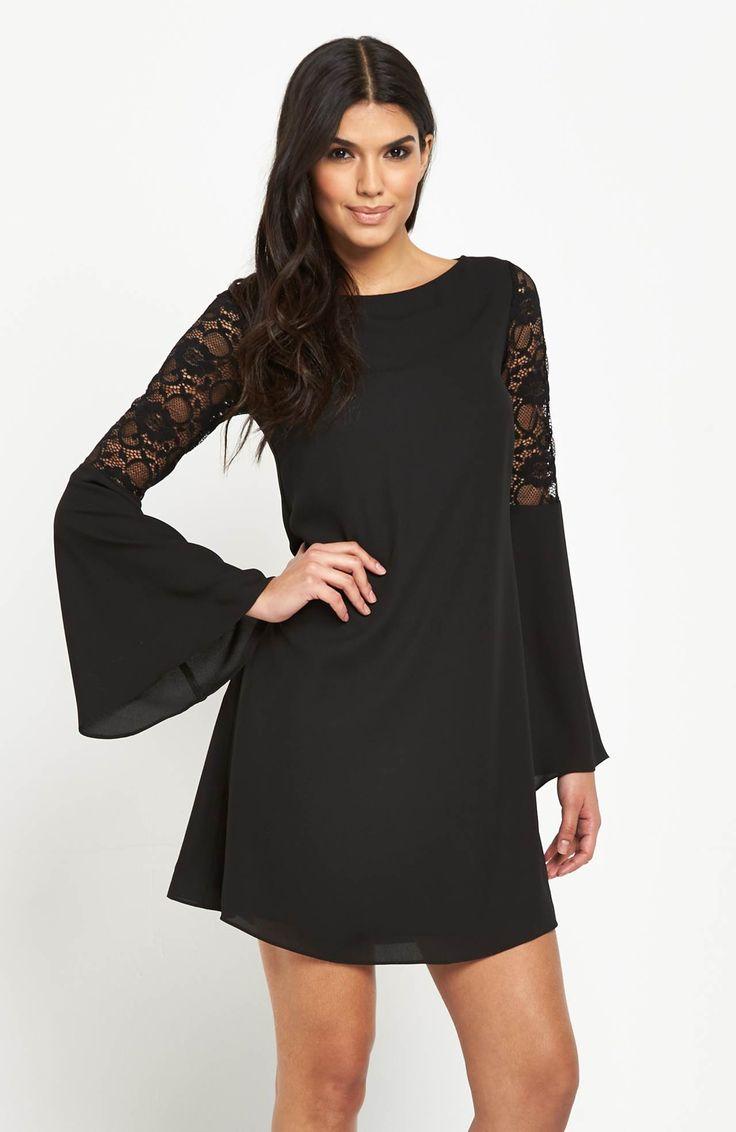 Elegancka, niezwykle kobieca sukienka marki V by Very. 269 zł na http://www.halens.pl/moda-damska-sukienki-5818/sukienka-568886