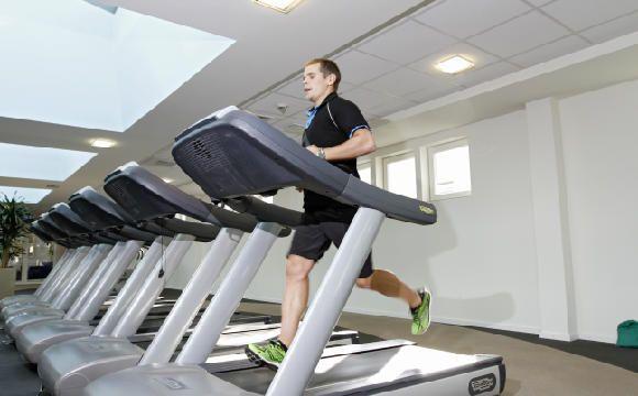 Laufbandtraining   Auf der Stelle schneller werden