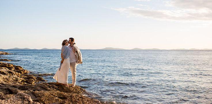 Een heerlijk relaxte bruiloft in de openlucht: de droom van bijna ieder bruidspaar. Maar hoe organiseren jullie zo�n ongedwongen outdoorwedding