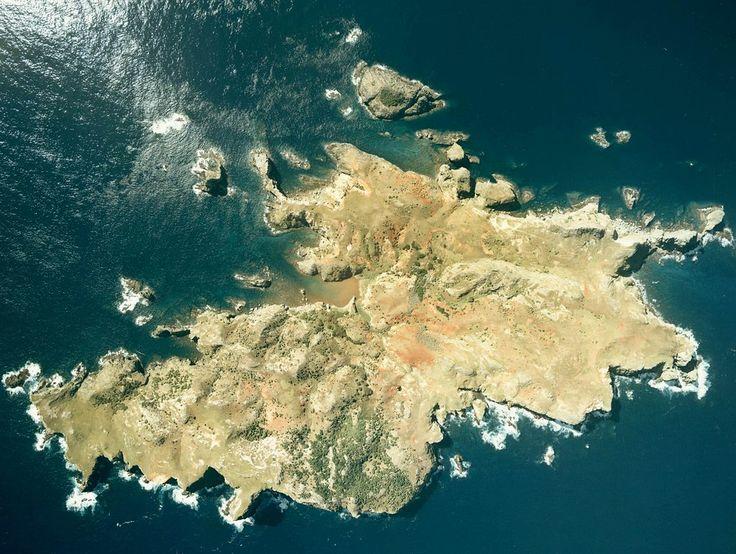 Nakadōri-jima ◆Ogasawara-guntō – Wikipedia http://de.wikipedia.org/wiki/Ogasawara-gunt%C5%8D #Ogasawara_Islands #Bonin_Islands