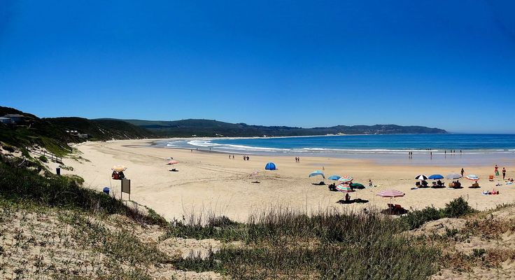 One of my most memorable holidays was at Buffalo Bay (Buffelsbaai) near Knysna - top of my list of places to live if I win the Lotto!