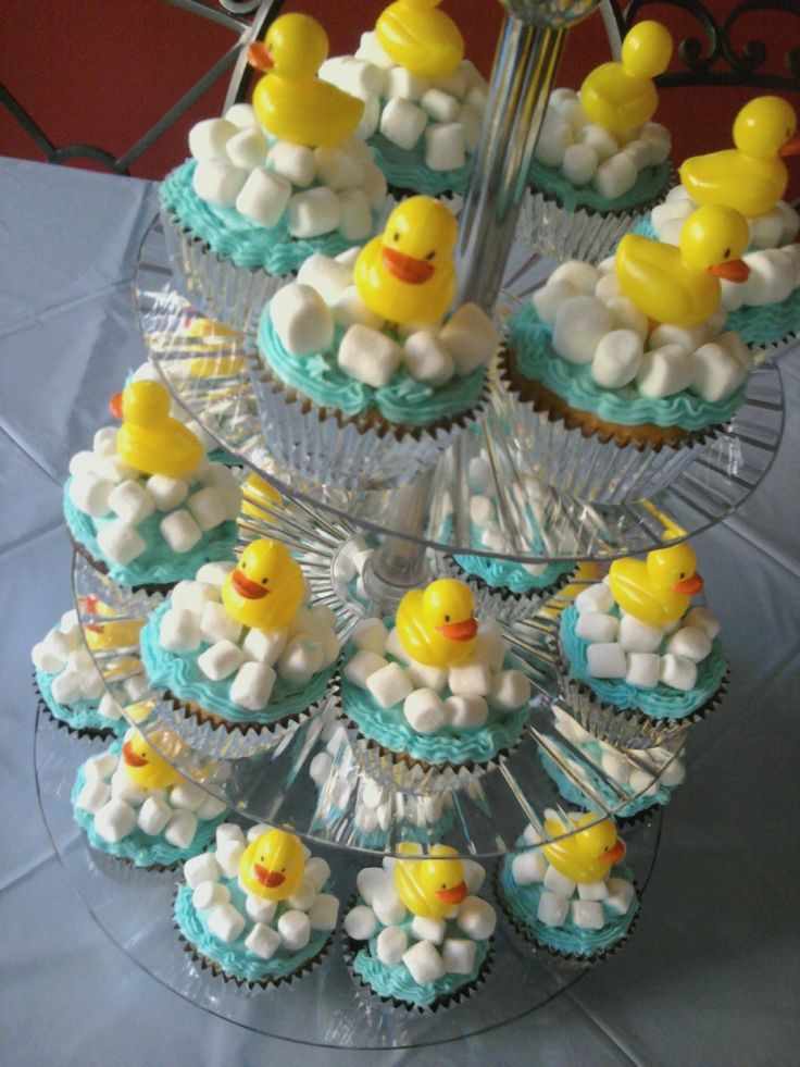 Baby shower cup cakes!!