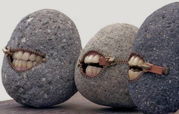 Steinskulpturen - humorvoll und einzigartig von Hirotoshi Ito - http://freshideen.com/art-deko/steinskulpturen.html                                                                                                                                                                                 Mehr