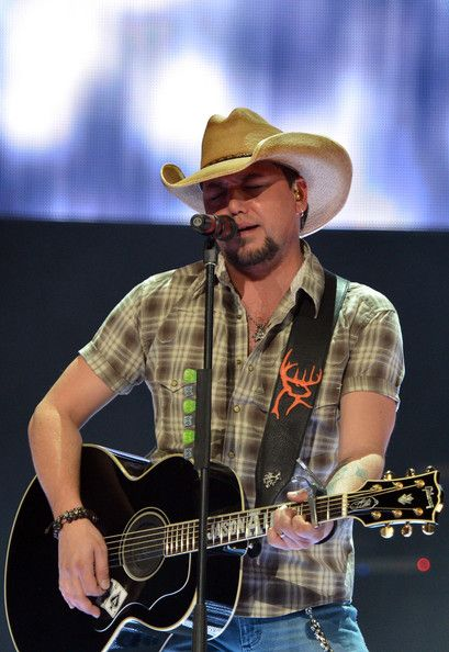Jason Aldean Night Train | Jason Aldean Photos - Jason Aldean - Night Train Tour 2013 - New York ...