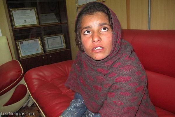 Conoce la historia de la niña afgana del chaleco con explosivos - http://www.leanoticias.com/2014/01/14/conoce-la-historia-de-la-nina-afgana-del-chaleco-con-explosivos/