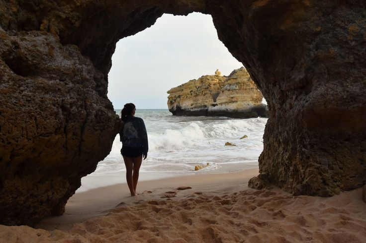 Is it possible to choose only Top 5 Algarve beaches of the whole amazing coast? Definitely the task wasn't easy but come and check our choices!
