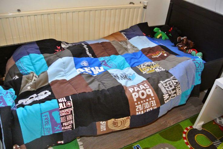 Rockin'Mum: T-shirt quilt from old bandshirts and festivalshirts