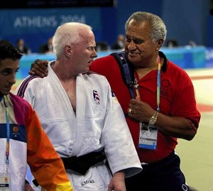 Scott Moore taling to Coach Willy Cahill just after winning the bronze medal in the 2004 Paralympic Games in Athens, Greece