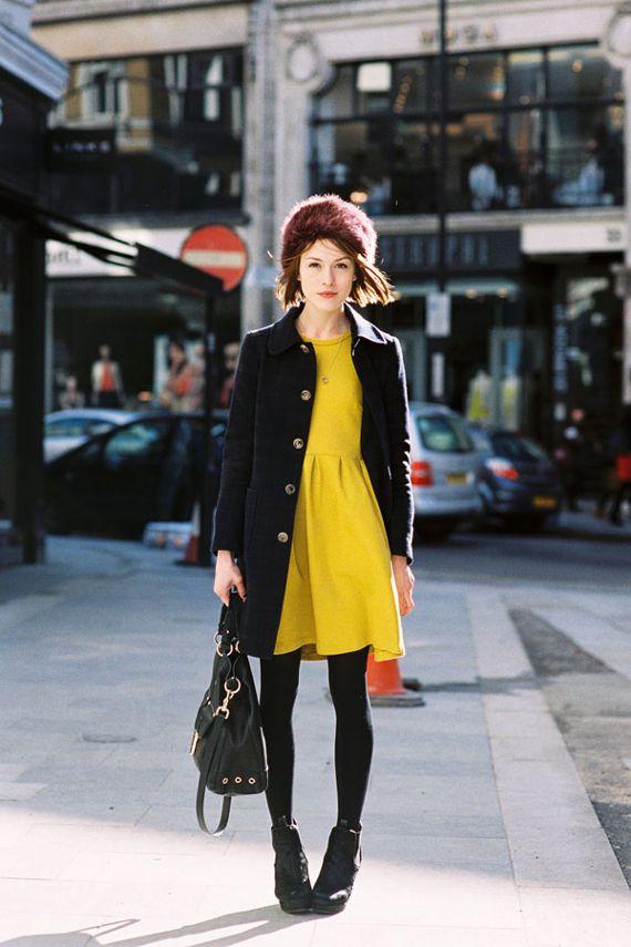 Trzy stylizacje: żółta sukienka na wiosnę  Vanessa Jackman  Więcej na Moda Cafe!
