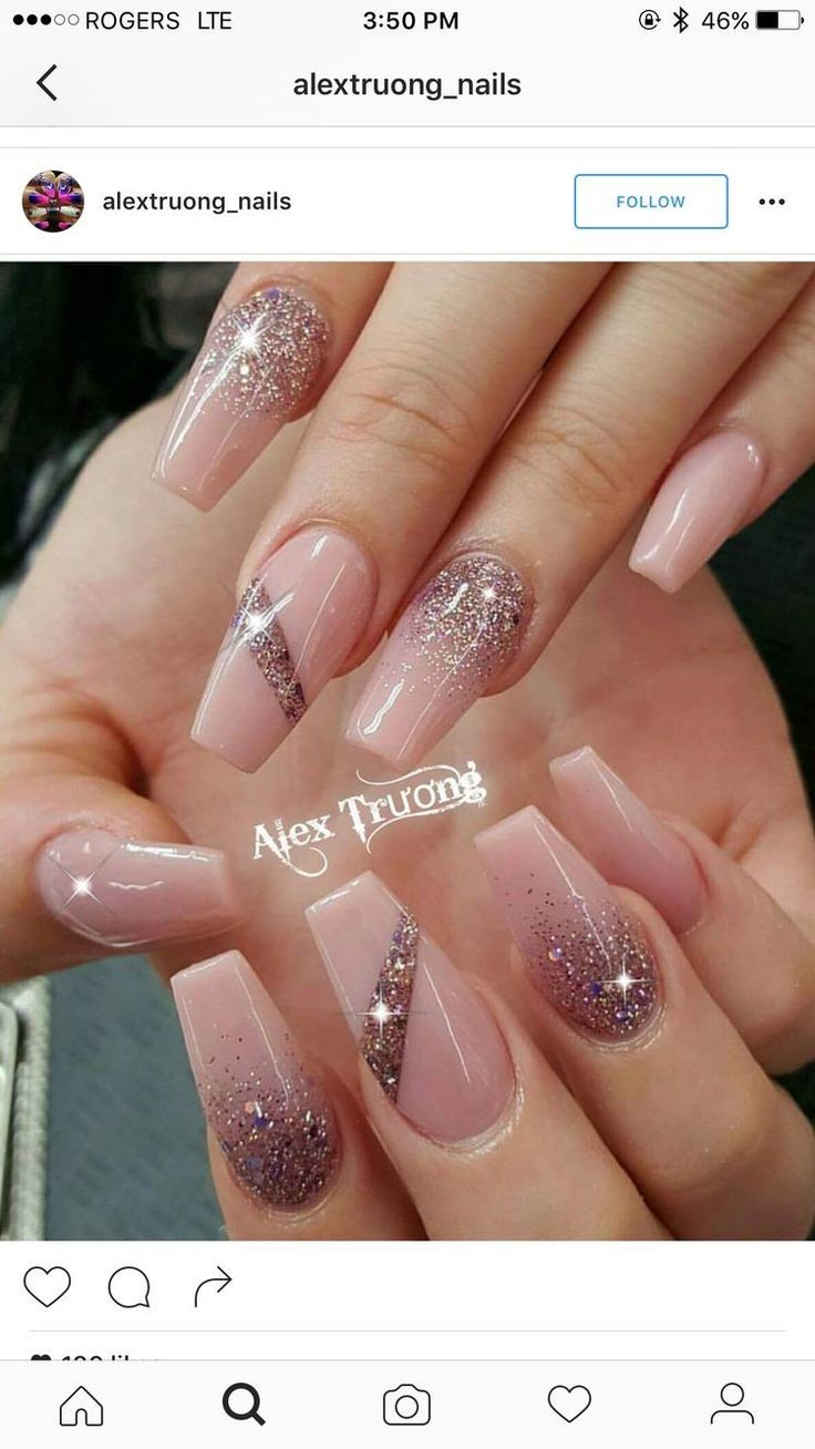 Ahh, I love these… BUT, I prefer square nails overttt #AcrylicNailsGlitter