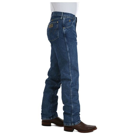 Men's Wranglers Jeans These jeans are very comfortable and only have been worn once! I also have 2 other pairs in my closet! Wrangler Jeans