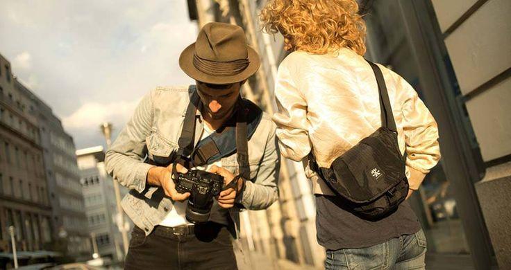 Crumpler Light Delight 4000: la tracolla economica per la tua fotocamera