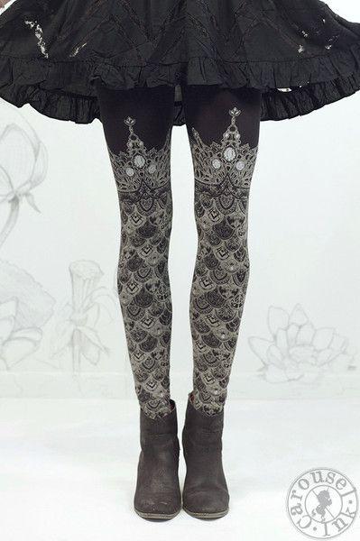 Ophelia's Armor Leggings - Black