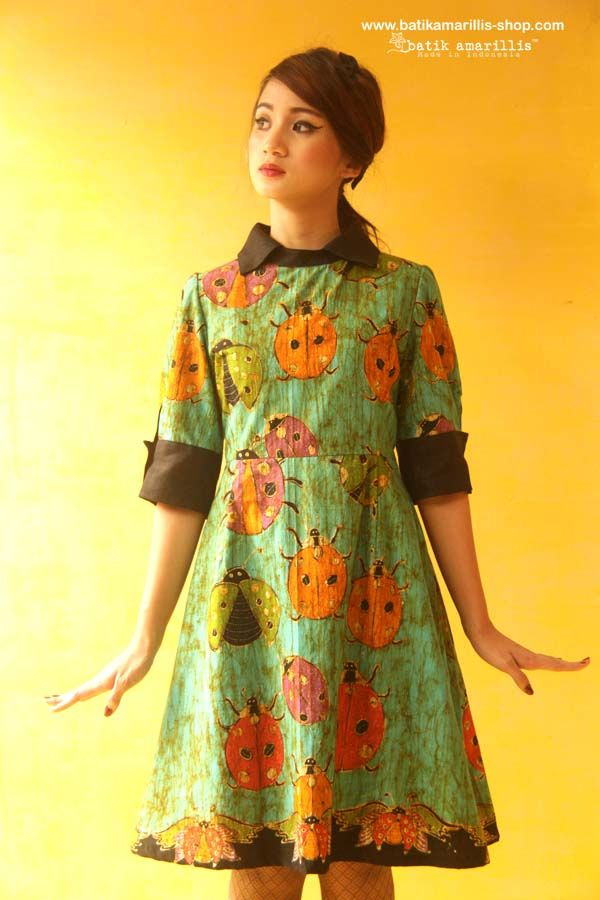 Batik Amarillis's Wednesday dress ... Chic dress accented with a crisp contrast collar and matching cuffs. material : hand drawn batik wonogiri Ladybug series available at Batik Amarillis webstore/website on http://batikamarillis-shop.com/