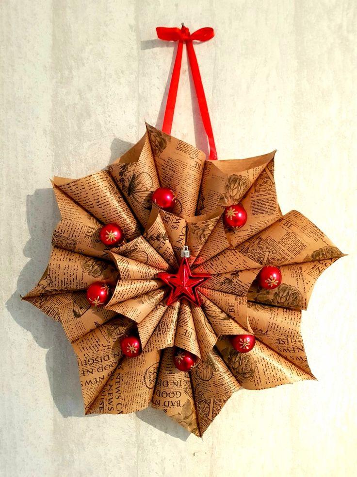 Lite julpyssel med papper och julkulor