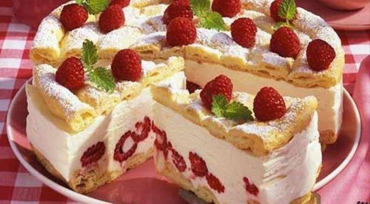 Торт «Птичье молоко с малиной»