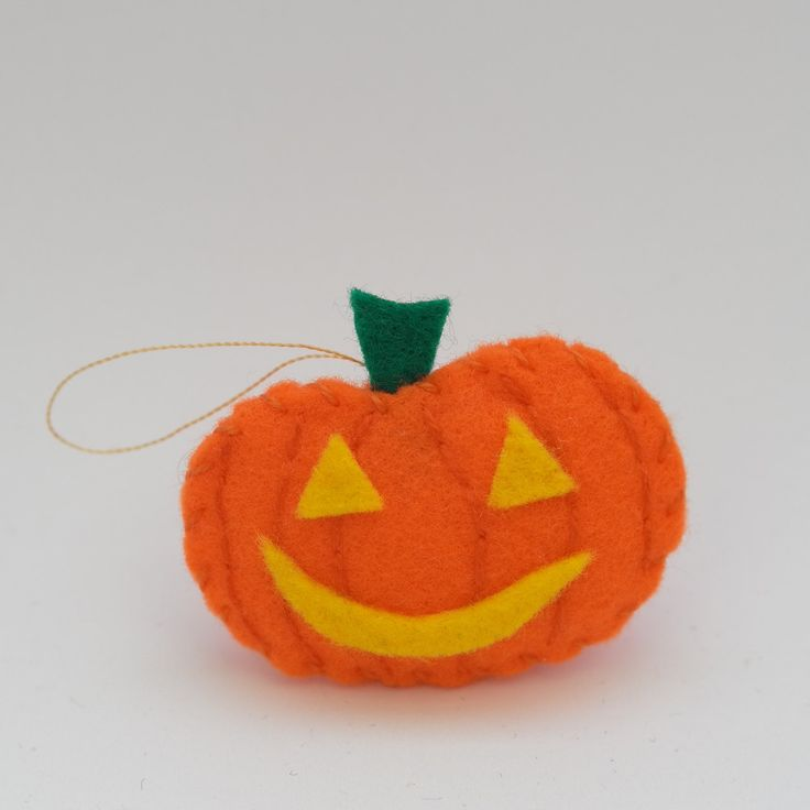 Cheerful pumpkin - halloween decor, trick or treat, scary, horror, spooky, halloween decoration, cute. by HalloweenOrChristmas on Etsy