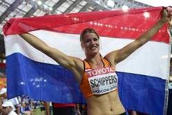 Dafne Schippers wint brons op de zevenkamp tijdens WK atletiek 2013 in  Moskou. Ze is de zesde Nederlander die een individuele medaille wint op een WK en de eerste die dat doet op de zevenkamp.