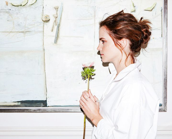 Emma Watson never disappoints in pairing good will and good taste, and her sustainability-focused beauty routine is no exception. Take a peek inside this starlet's clean makeup collection...