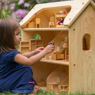mainan kayu rumah boneka #unik #lucu #kreatif #bingkai #kerajinan #craft #crossbond #kayu #bambu #woodworker #wooden #wood #bioindustries #lemkayu #perekatan #adhesive #plywood #meja #mebel #furniture #laminasi #konstruksi