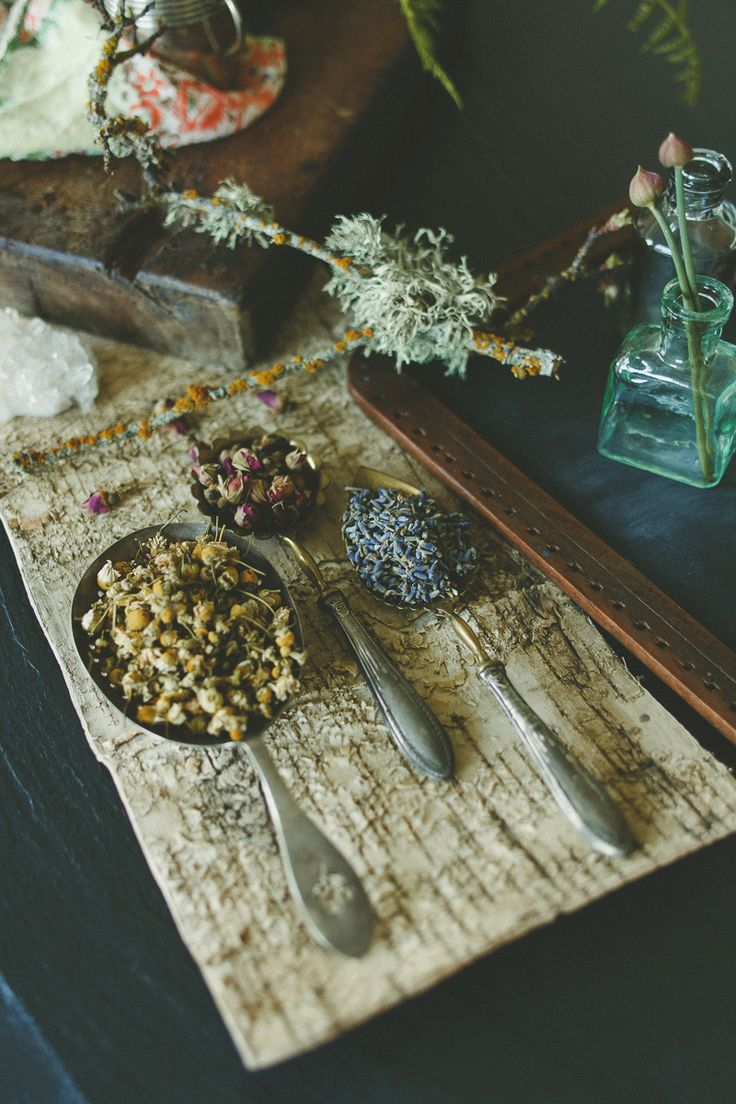 TEA TIME Chamomile, Rose & Lavender.