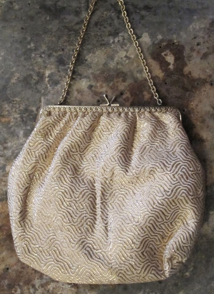Vintage fabric bag available in Beware of Limbo Dancers  Dkk 99,-