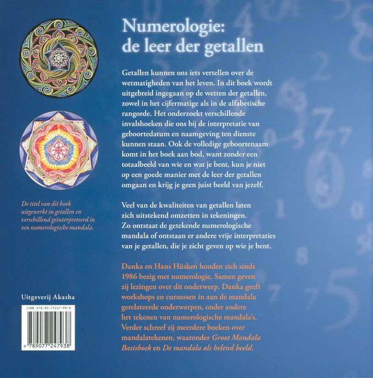 Het boek Numerologie in woord beeld en getal van Danka Hüsken.  The book: NUmerology in word, image and number  of Danka Hüsken.