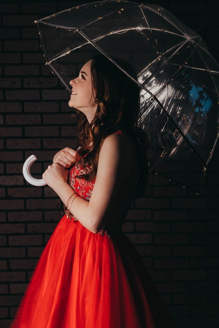 фотосеты позы с зонтом они завоевали
