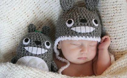 Babymützen mit passendem Kuscheltier