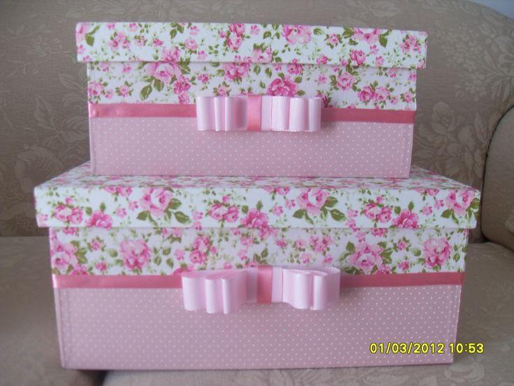 caixas de mdf forradas com tecido 100% algodão em poá rosa e floral