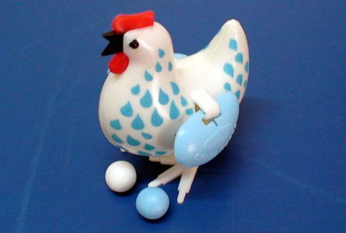 galinha knorr - http://www.cashola.com.br/blog/entretenimento/os-40-brinquedos-antigos-mais-legais-388