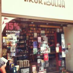 Írók Boltja- 1061 Budapest, Andrássy út 45. Photo: Charley Victor
