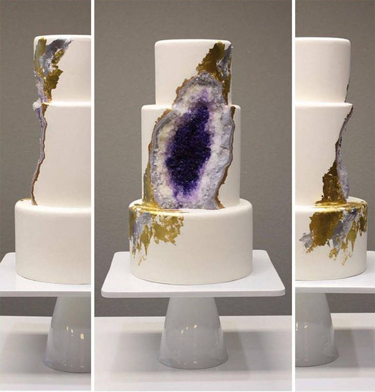 Amethyst Geode Wedding Cake  Rachel of Intricate Icings is the author of a tasty sculpture thought for wedding and totally eatable. Its a cake presenting a blue/violet heart similar to Amethyst geodes. In fact the interior of this cake is entirely made of sugar and colored chocolate crystals. She added details with painting using the gold leaf technique.     #xemtvhay
