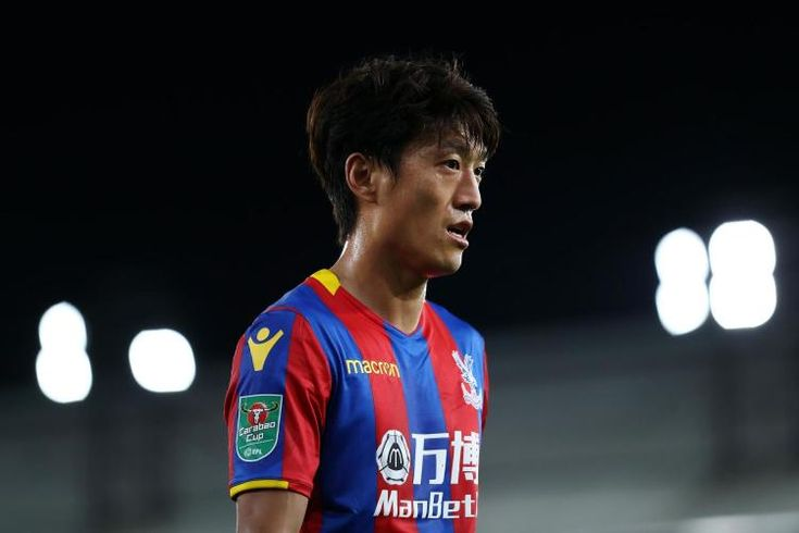 Crystal Palace will hand Chung-yong Lee chance to step up after Wilfried Zaha injury, says Roy Hodgson: * Crystal Palace will hand…