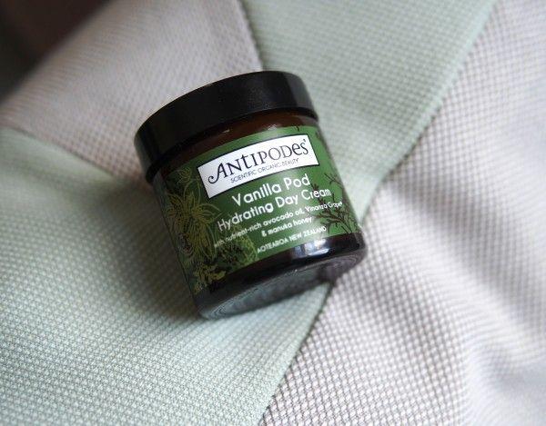 Review: Antipodes Vanilla Pod Hydrating Day Cream - Essie Button