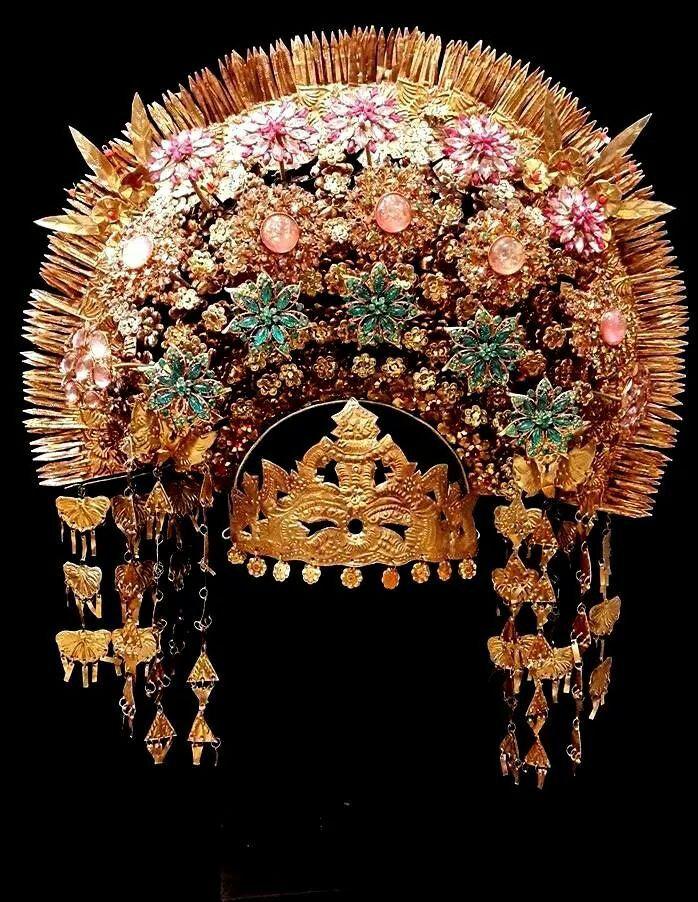 Modern crown from Sumatra, brass