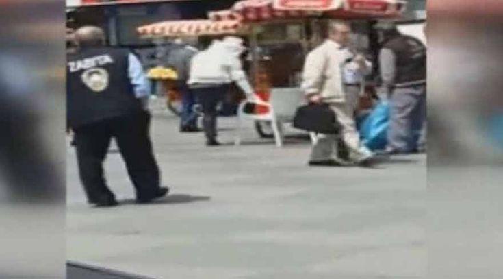 """Şirinevler Meydanı 'nı arılar bastı  """"Şirinevler Meydanı 'nı arılar bastı"""" http://fmedya.com/sirinevler-meydani-ni-arilar-basti-h22032.html"""