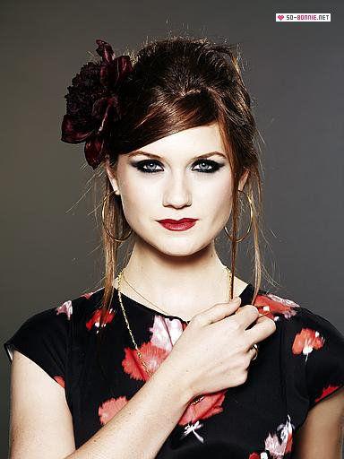 Bonnie Wright beautiful
