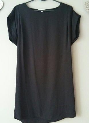 Kup mój przedmiot na #vintedpl http://www.vinted.pl/damska-odziez/krotkie-sukienki/13556015-czarna-krotka-sukienka-oversize