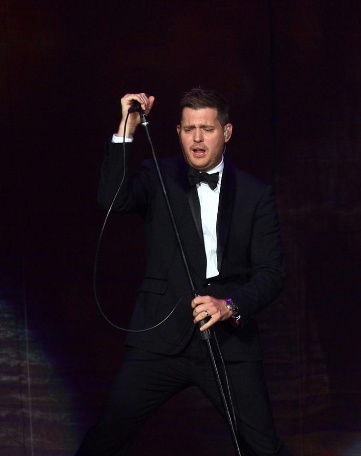 Michael Bublé at BMO Harris Bradley Center - JSOnline