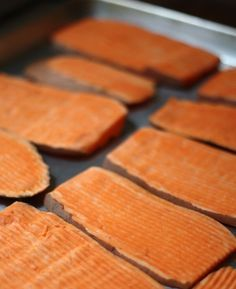 Recipe for Sweet Potato Dog Chew Treats - this is awesome! My dog lovesss dehydrated sweet potatoes but they're expensive for a bag from the pet store - definitely going make these!!