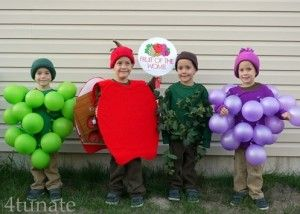 Fruit of the Womb Funny Group Costume Idea #Funny Group Halloween Costume Ideas #Halloween #Costumes #Group