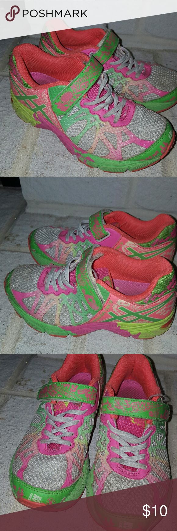 Asics GEL-Noosa Tri 9 Girls Running Shoes Asics GEL-Noosa Tri 9 Girls Running Shoes Color: White/Lime/Hot Pink Asics Shoes Sneakers