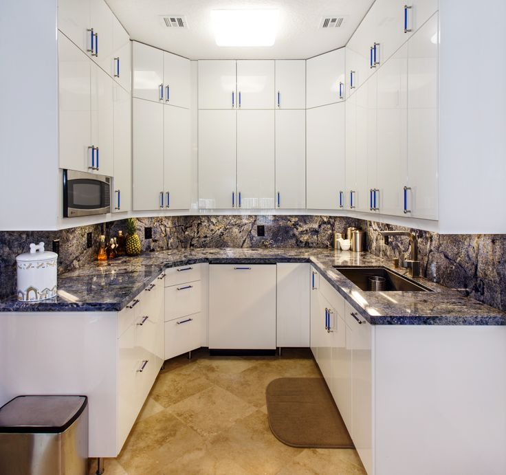 Beautiful Blue Granite Kitchen Countertop #kitchen #counter #countertop #luxury #home #luxurykitchen #granite #blue #bluebahia #southflorida #delraybeach #bocaraton #natureofmarble #granitekitchen #granitecounter #granitecountertop