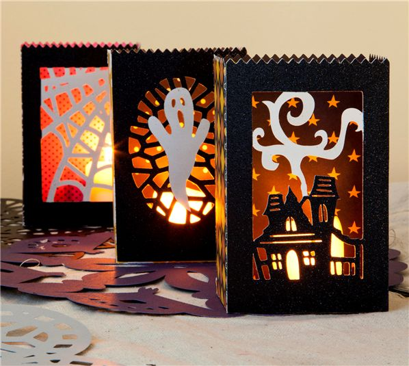 Cricut Project Center - Halloween Luminaries {Monster Bash Cartridge}