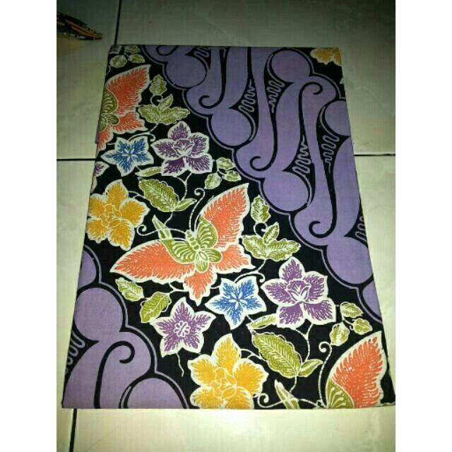 Saya menjual Kain Batik Cap Parang Bunga seharga Rp130.000. Dapatkan produk ini hanya di Shopee! https://shopee.co.id/fidabless/52767336 #ShopeeID